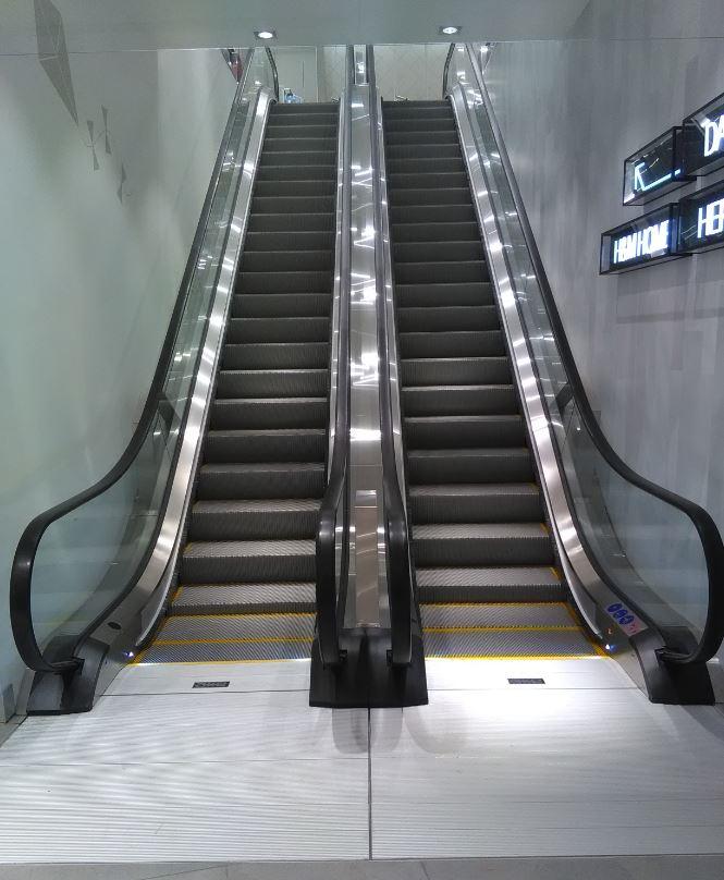 Danimarka Friss Shopping Center Yürüyen Merdivenler