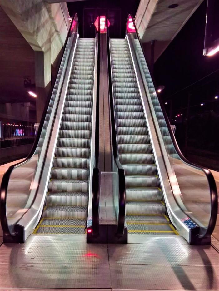 Danimarka Carlsberg Metro Yürüyen Merdivenler