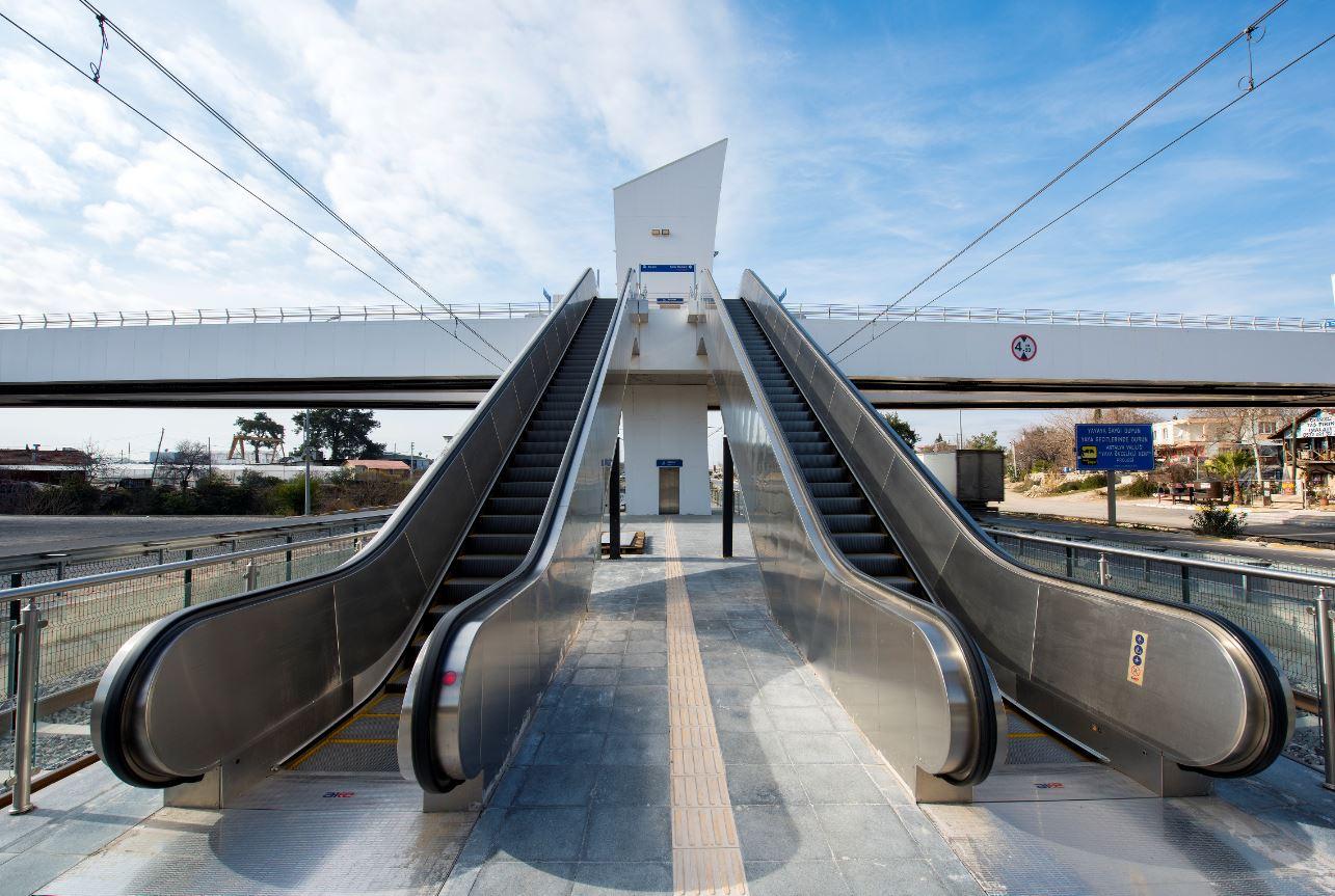 Antalya Tramvay Yürüyen Merdivenler